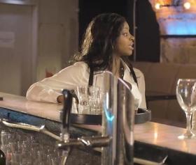 Barda alkol alan hatunların gecesi sikişle bitti
