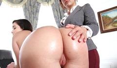 Patronunu memnun eden seksi sekreter