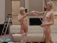 Sarışın lezbiyenleyin seksi dansı ve pornosu izle