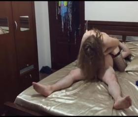 Evli hataylı kadınla konuşmalı uzun porno