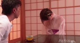 Yui Nishikawa üvey babasıyla porno izle