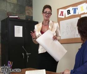 Ofis içerisinde sert seks dersleri