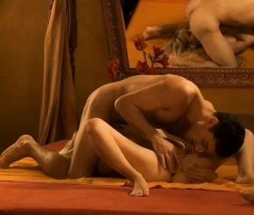 69 pozisyonunda oral sex, erotik film çekilerek yapılıyor