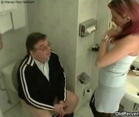 Eski kocasının yarağını özlemiş kadın