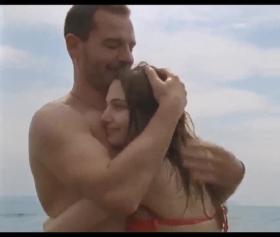 Ezgi Asaroğlu , En Mutlu Olduğum Yer, Türk Seks Filmi