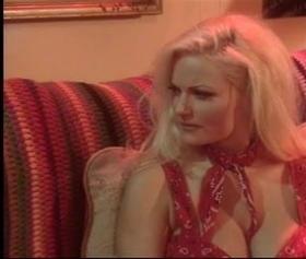 Stacy Valentine, oynadığı başrol seks filmi, konulu porno izle