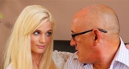 4k porno, sarışın kızla kel gözlüklü olgun adam pornosu
