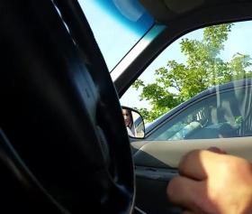 Arabada 31 çeken sapığı görüp canı çekiyor türbanlının