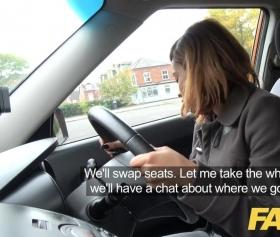 Fake taksi, genç kızın acemi halleri tam fiyasko
