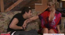 Julia ann ile amerikalı konulu pornosu izle