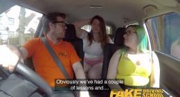 Kızlar sizi sikerim akıllı durun şurda, fake taksi