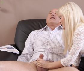 Sarışın kız, sen adamı boşaltırsın, full hd porn