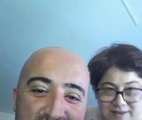Tombul Türklerin canlı yayında sikiş performansı