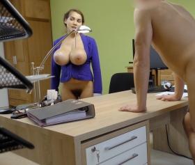 Yeni taze sekreter sikiş sınavını başarıyla geçiyor