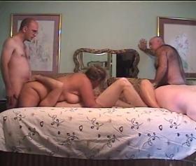 Emekli pornosu, mature dörtlü grup sikişte