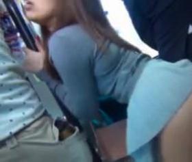 Otobüste japona zorla dayamalı tecavuz sikişmesi