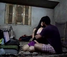 Arap kızın arap erkek ile girdiği ilişki sex izle