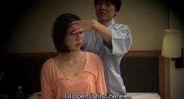 Japon masajcı kızın otel odasında oral sex videosu