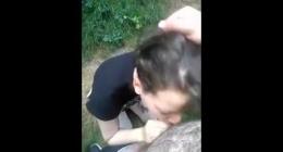 Ormanda sakso çeken kızı kendi kamerası ile kaydedip yayınladı
