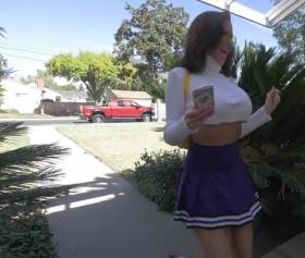 Sokaktaki kız mini eteğinin altındaki götünü siktirdi