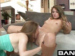 En iyi lezbiyen genç pornoları vol 1